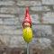 Tangoo Keramik Wichtel in gelb / Gartenstecker