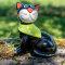 Tangoo Keramik Katze sitzend schwarz mit grünem Tuch