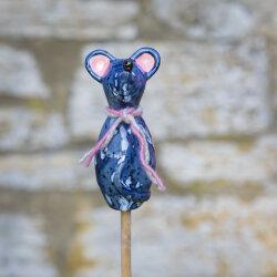 Keramik Maus für den Garten, klein in grau-blau